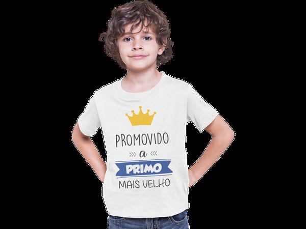 Camiseta Juvenil Promovido a Primo Mais Velho